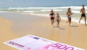 Strandtuch im 500-Euro-Schein-Design