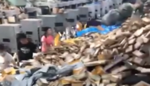 Paketzentrum in China