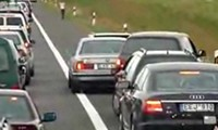Ausraster auf der Autobahn