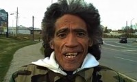 Obdachloser hat die perfekte Radiostimme