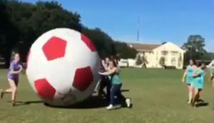 Doppel-Ko beim Fussball