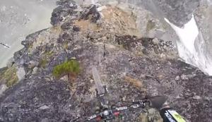 Verdammt steile Abfahrt
