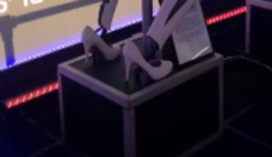 Roboter tanzt an der Stange