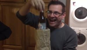 Bierflasche verschwinden lassen