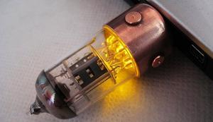 Radioröhre für Steampunk-Fans
