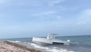 Mit dem Boot an Land spazieren