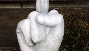 Finger aus Steinguss