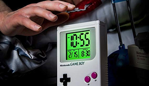 Nintendo - Game Boy - Wecker
