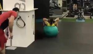 Kleiner Spass im Fitnessstudio