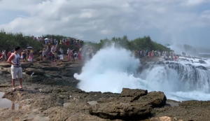 Touristen wegspülen