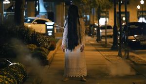 Scary Dead Girl Prank