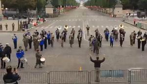 Marschkapelle spielt Daft Punk