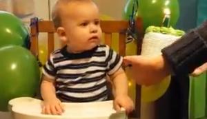 Sein erster Geburtstagskuchen
