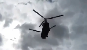 Hubschrauber vs Partyzelt