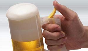 Bierglas mit Schaumfunktion