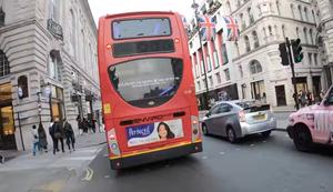 Cooler Busfahrer