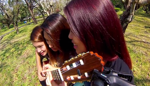 3 Girls 1 Guitar