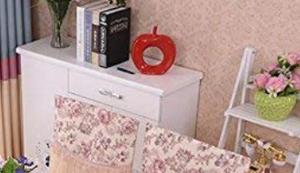 Tischdecke und Stuhlbezüge