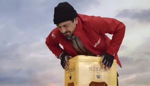 Der h�chste Bierkistenstapel der Welt
