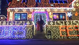 Weltweit gr��tes privates Weihnachtshaus