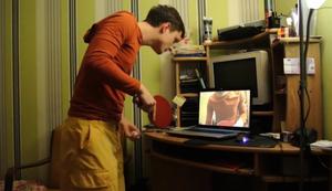 Tischtennis am Laptop spielen