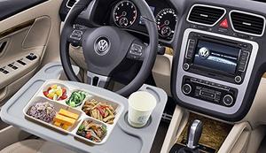 Gemütlich im Auto speisen