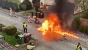 Feuerchen beim Strassenbau