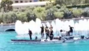 Eine Bühne auf dem Wasser