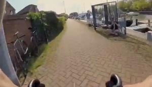 Kleines Radrennen am Ufer
