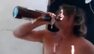 Bier �ffnen mal anders